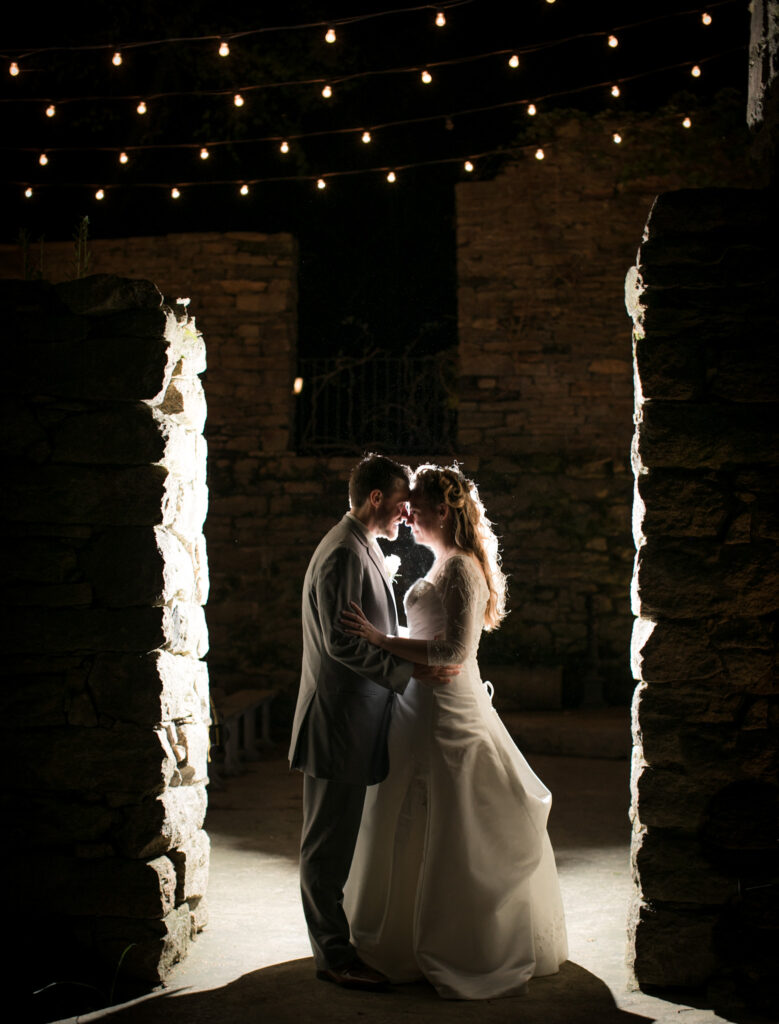 bride and groom kissing at fine mill creek